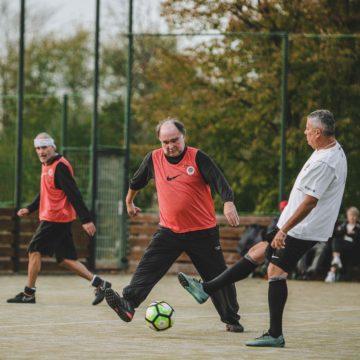 Sportování seniorů – Fotbal v chůzi 2